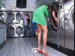 Hot Busty Cougar Banged In Laundromat