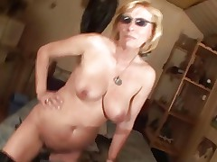 kiki mature hairy